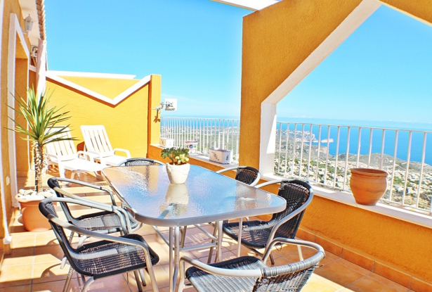 Three Bedroom Duplex with Sea Views, Benitachell