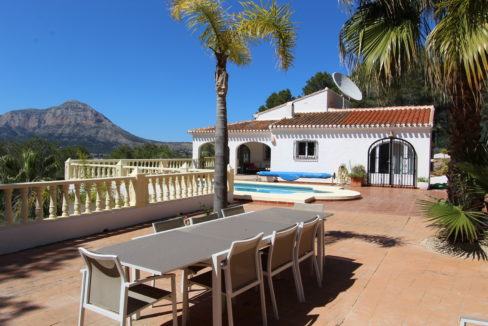 Traditional Villa- Panoramic Country Views-12
