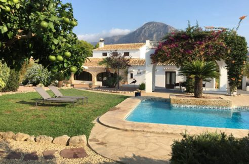 beautiful large villa_javea property for sale