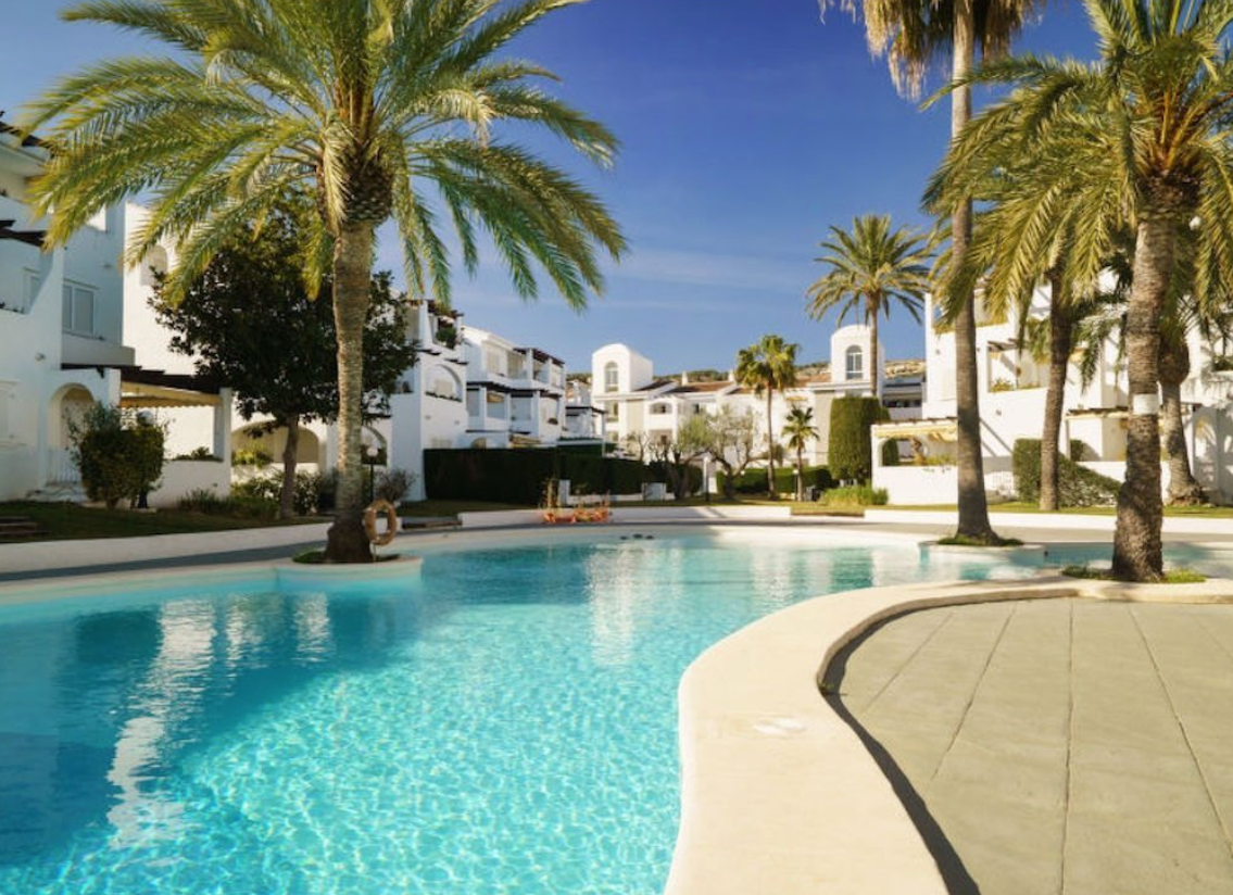 Apartment for sale in front line in Javea